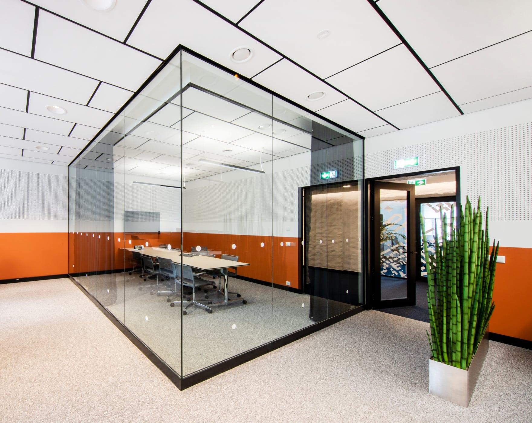 Väike koosolekuruum
